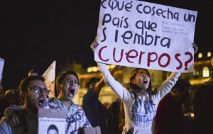 Manifestacio769n_por_Ayotzinapa-5